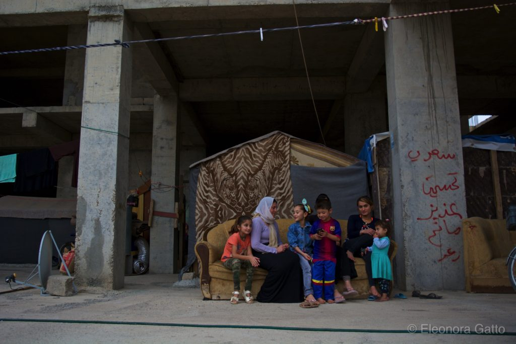 Ainkawa - Ezidi family living in an unfinished building